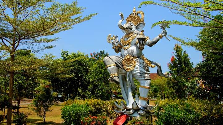 Hinduistische Götterstatue